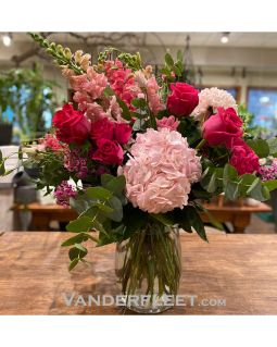 Pretty Pink Floral Design